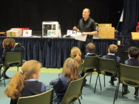 Jon Blake presents to Monkton Combe School – Reduce, Reuse & Recycle
